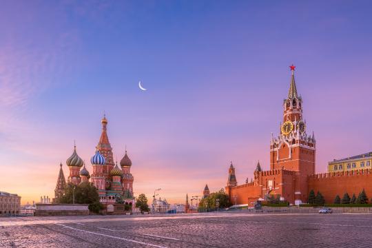 Красная площадь утром