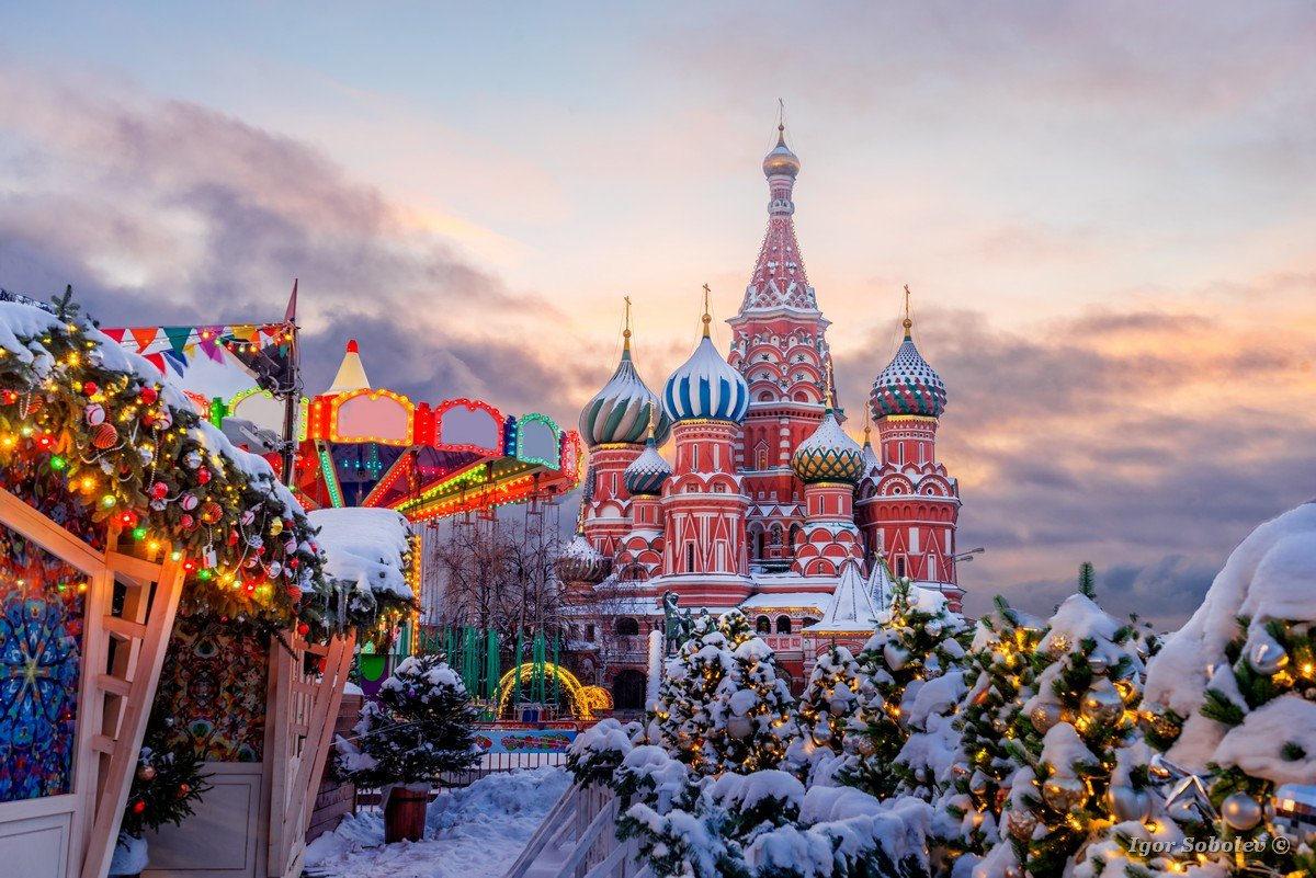 St. Basil's Cathedral on the Red Square on a winter morning