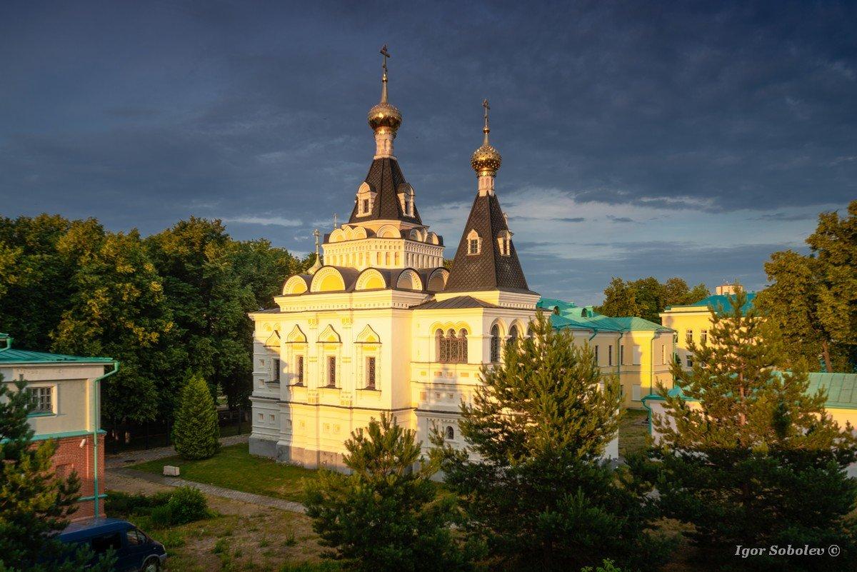 Elizabethan church of the Dmitrov Kremlin in the afternoon