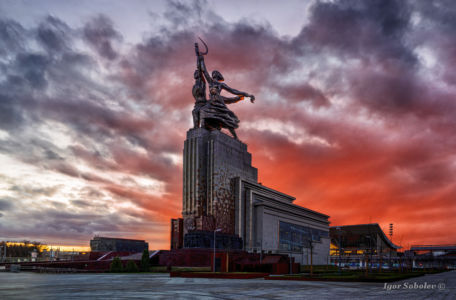 Moscow, Russia - March 20, 2020, a monument to the Worker and Collective Farm Girl at sunset