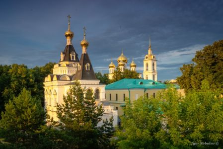 Assumption Cathedral and Elizabethan church of the Dmitrov Kremlin in the afternoon