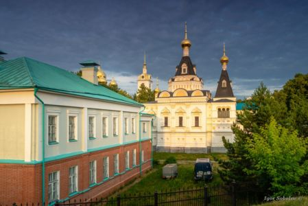 Elizabethan church of the Dmitrov Kremlin in the afternoon