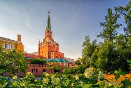 Троицкая башни