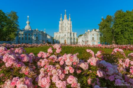 Flowers in front of Smolny Cathedral in Saint Petersburg