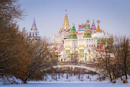 Зимний вид на Измайловский кремль