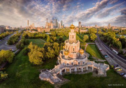 Церковь Покрова в Фили в Москве