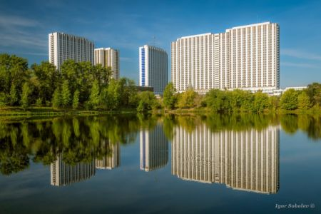Reflection of the hotel Izmailovo in Moscow