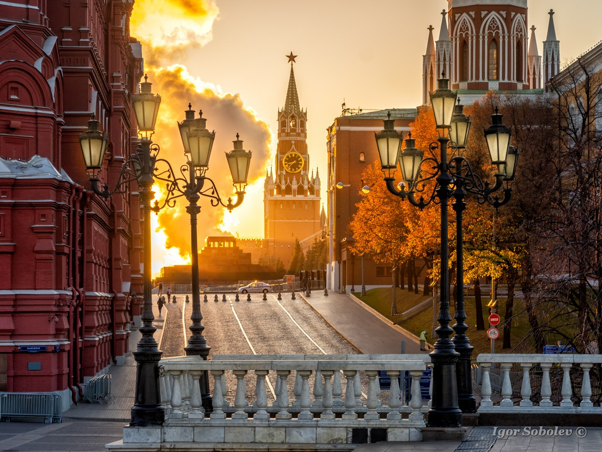 Kremlin in the morning / Кремль утром