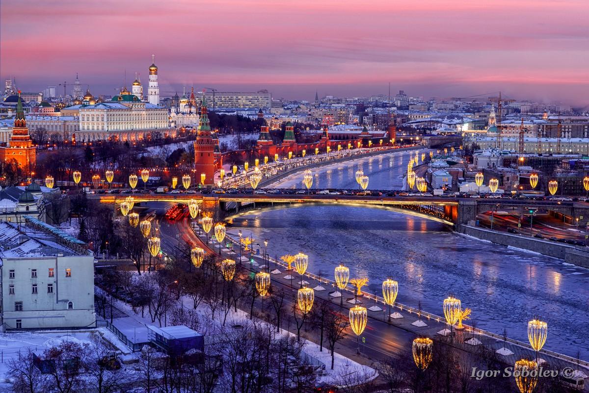 Московский кремль на закате / Moscow Kremlin at sunset
