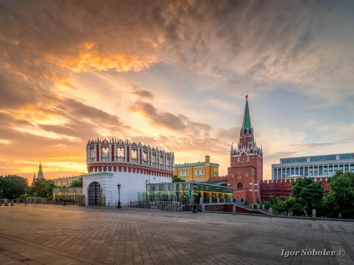 Кутафья и Троицкая башни / Kutafya and Trinity Towers